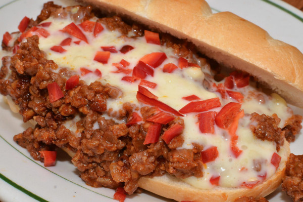 Mmm____sloppy_joe_with_cheese_and_red_ripe_jalapeno_chilies__7735939558__jpg__2047×1356_