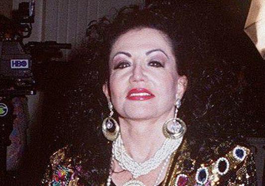 シルベスター・ローンの母親69歳