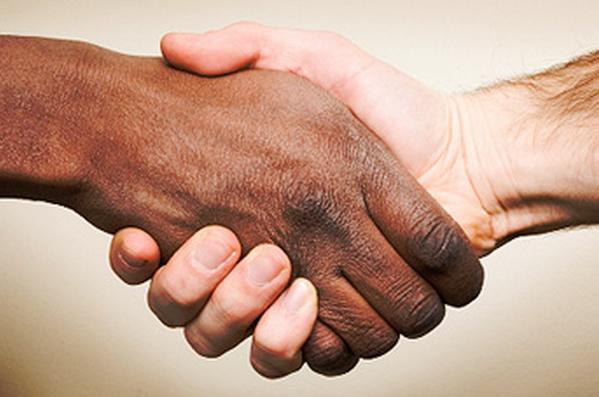 人種差別を無くす薬イメージ
