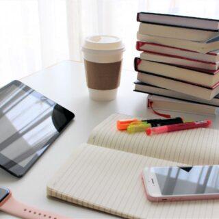 電子書籍と紙の書籍はどちらが勉強に向いているのか?